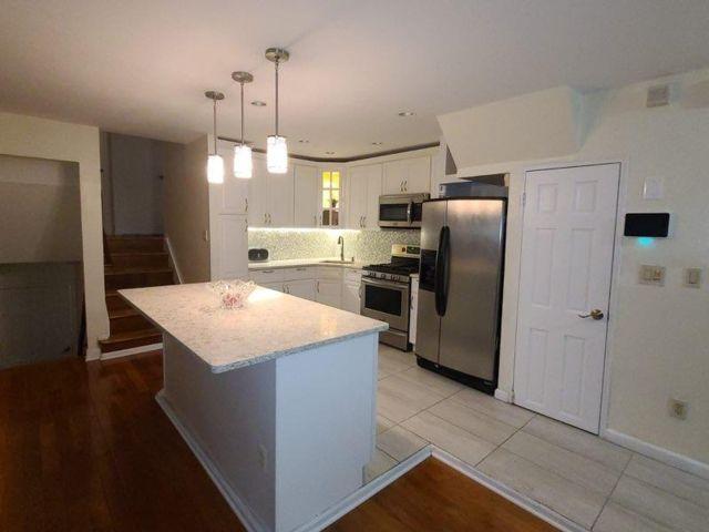 3 BR,  2.00 BTH Rental style home in Canarsie