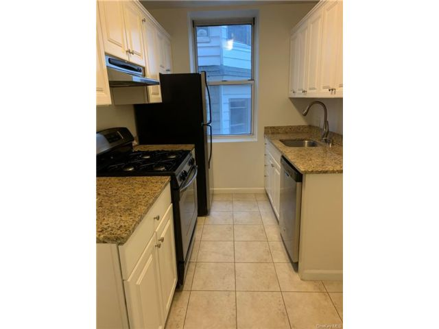 1 BR,  1.00 BTH  Apartment style home in Eastchester