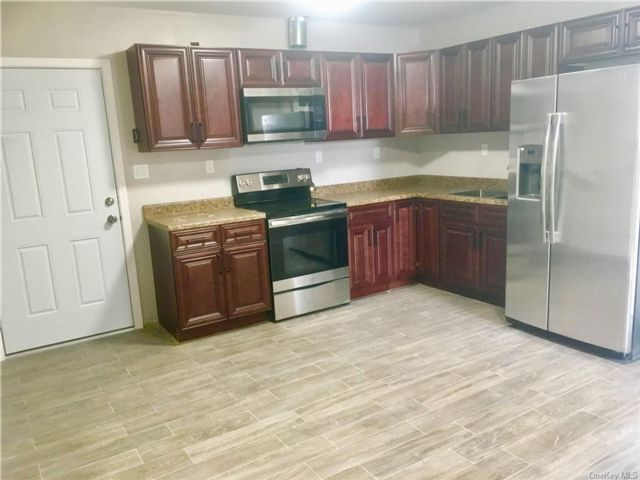 3 BR,  2.00 BTH  Apartment style home in Middletown