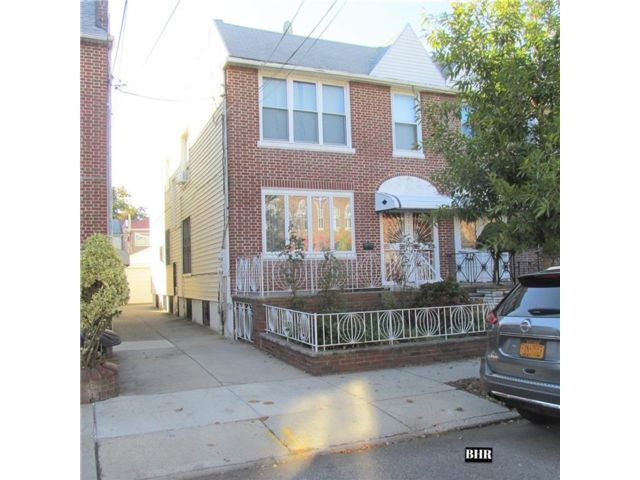 6 BR,  3.00 BTH  Multi-family style home in Sheepshead Bay