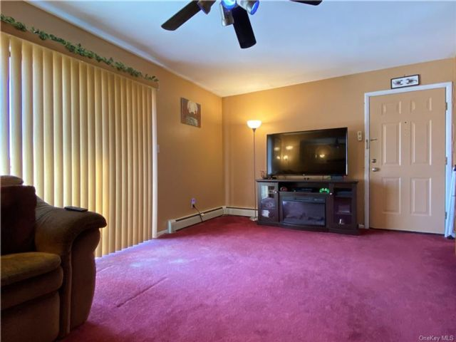 2 BR,  2.00 BTH  Apartment style home in Middletown