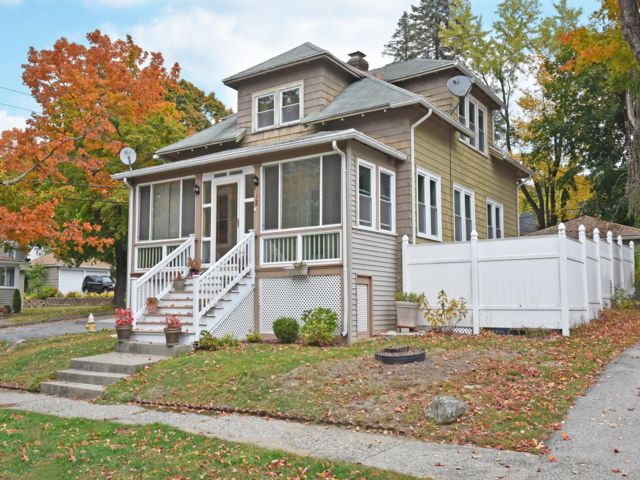 Studio,  0.00 BTH Bungalow style home in Worcester