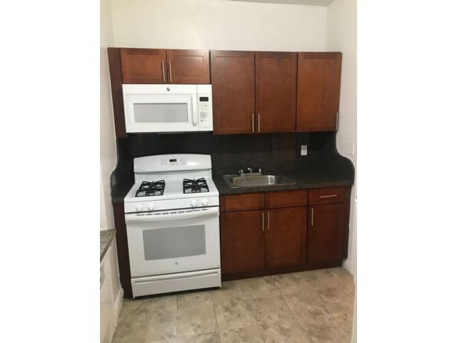 Studio,  1.00 BTH   style home in Rego Park