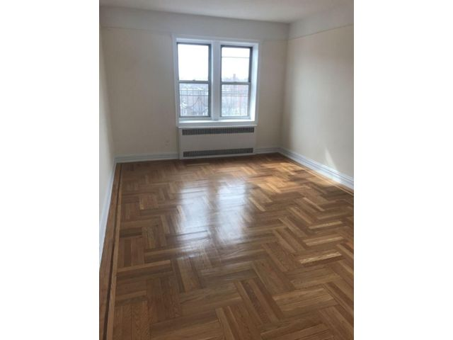 2 BR,  1.00 BTH   style home in Rego Park