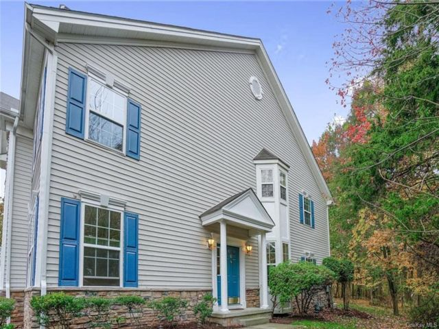 3 BR,  3.00 BTH Townhouse style home in Monroe