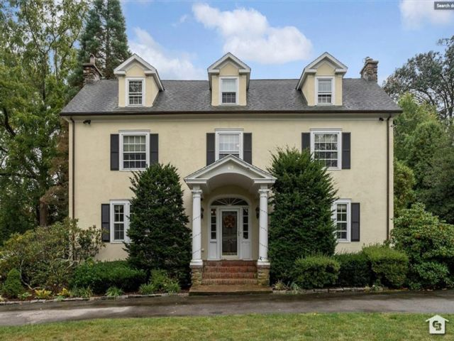 6 BR,  3.00 BTH Single family style home in Portchester