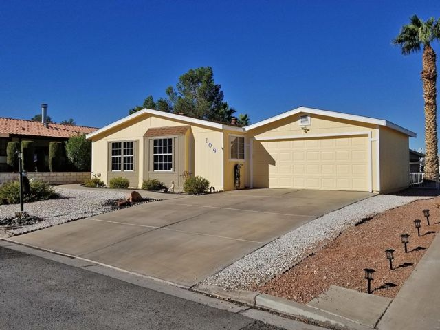 [Henderson Real Estate, listing number 6972962]
