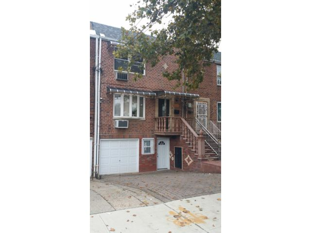 1 BR,  1.00 BTH Rental style home in Canarsie
