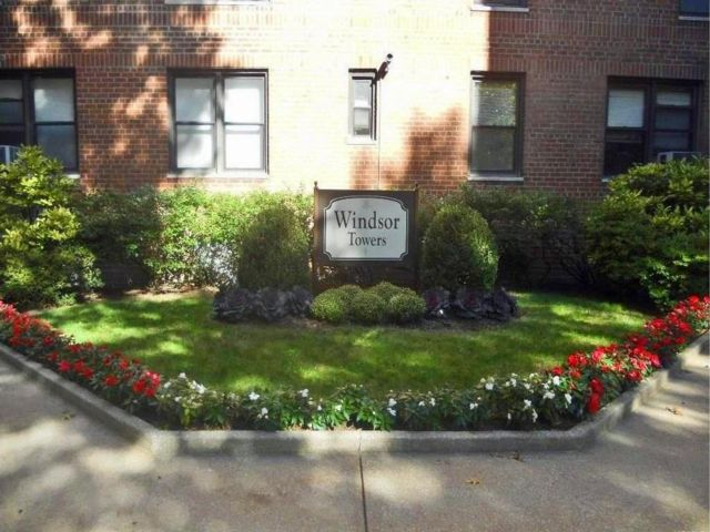 1 BR,  1.00 BTH  style home in White Plains