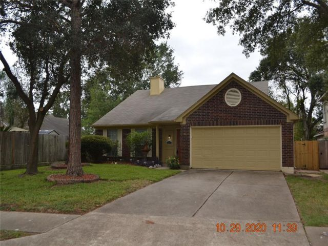 3 BR,  2.00 BTH  style home in Houston