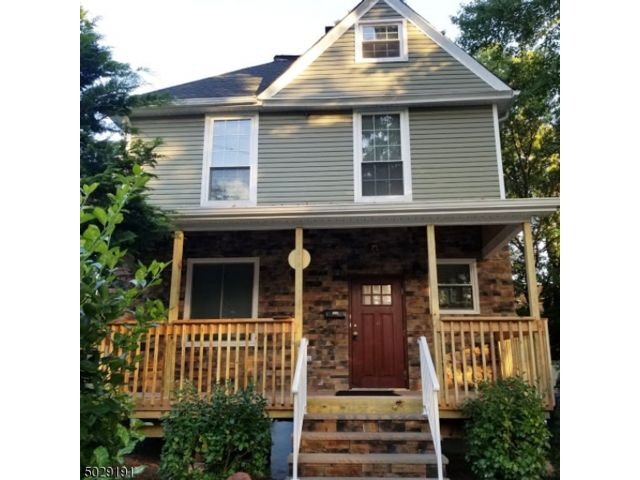 3 BR,  2.00 BTH Colonial style home in Plainfield