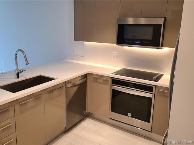 1 BR,  1.50 BTH  style home in Fort Lauderdale