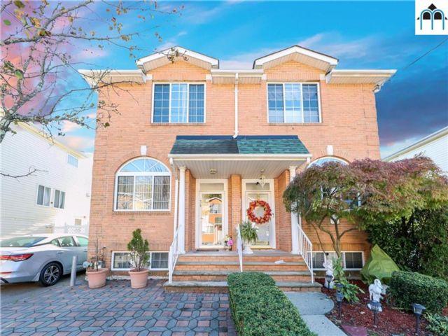 [Heartland Village Real Estate, listing number 6973600]