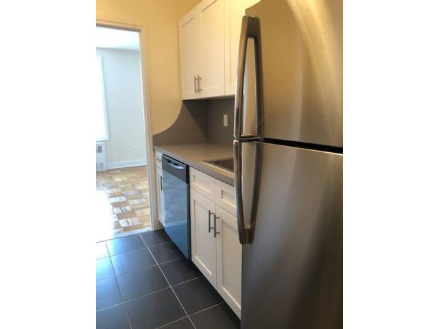 1 BR,  1.00 BTH   style home in New Dorp