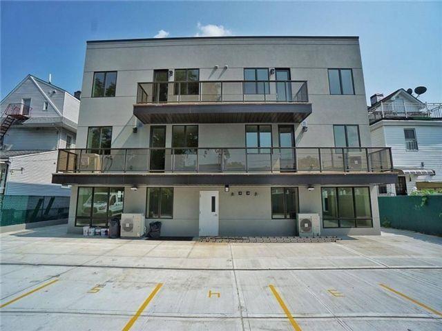 2 BR,  2.00 BTH Condominium style home in Bath Beach