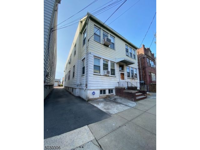 [Newark Real Estate, listing number 6974003]