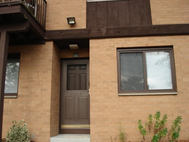 Studio,  1.00 BTH Townhouse style home in Piermont