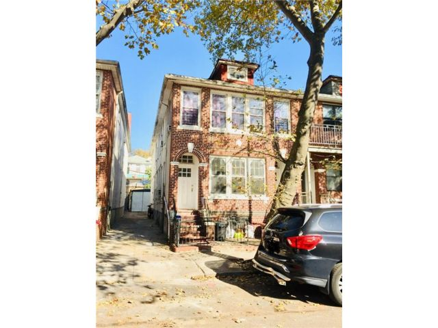 [Sunset Park Real Estate, listing number 6974118]