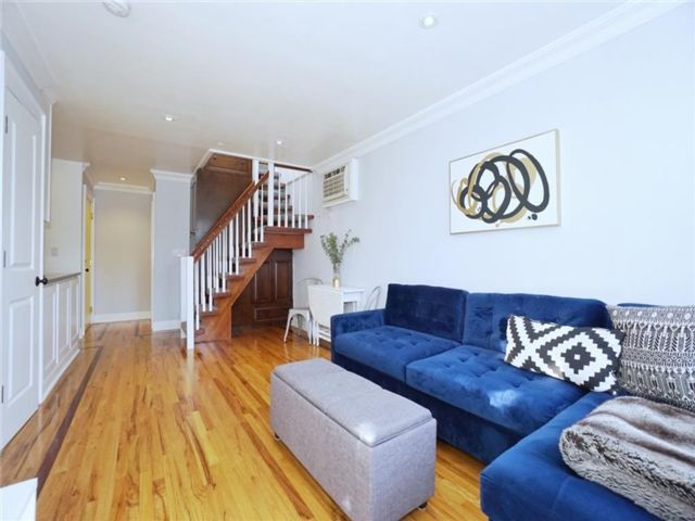 2 BR,  2.00 BTH Condominium style home in Greenwood Heights