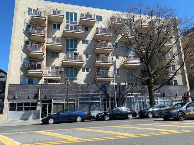 Studio,  0.00 BTH Tax payer style home in Sheepshead Bay