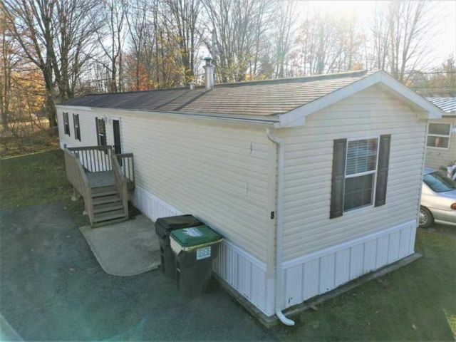 3 BR,  2.00 BTH  Mobile home style home in Middletown
