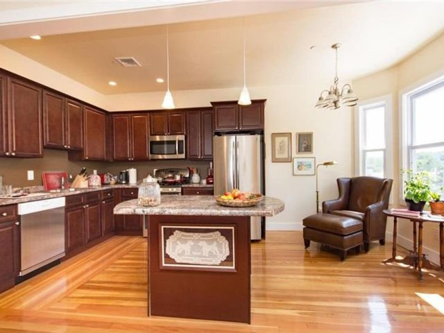 3 BR,  2.50 BTH  Apartment style home in Dobbs Ferry