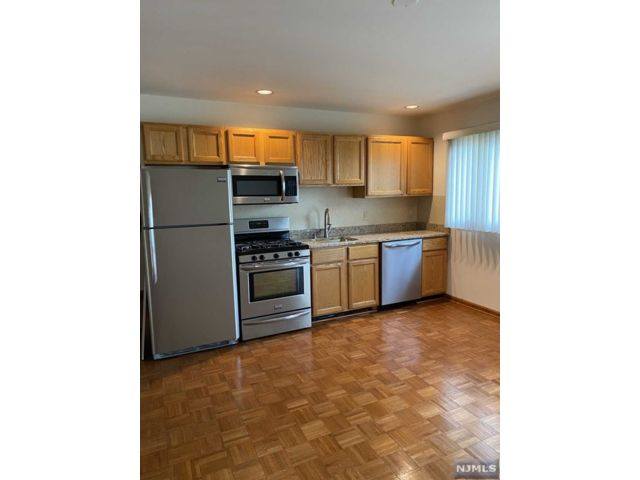 1 BR,  1.00 BTH Apartment style home in East Rutherford