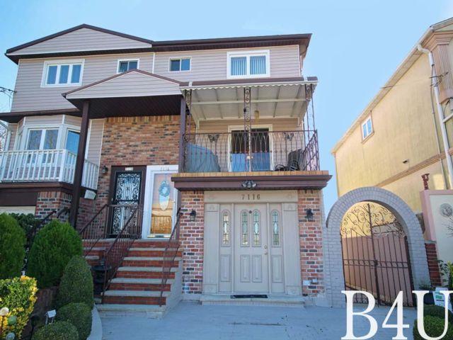 3 BR,  2.55 BTH Duplex style home in Brooklyn