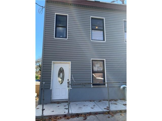Studio,  0.00 BTH Multi-family style home in Grymes Hill