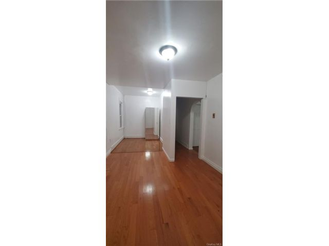 2 BR,  1.00 BTH Apartment style home in Wakefield