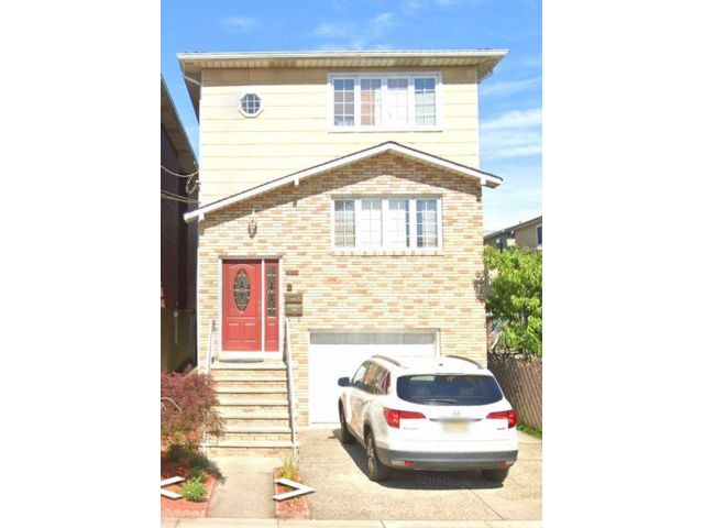 2 BR,  1.00 BTH Apartment style home in Harrison
