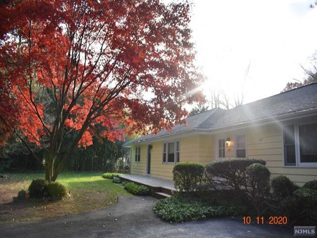 3 BR,  2.00 BTH House style home in Demarest