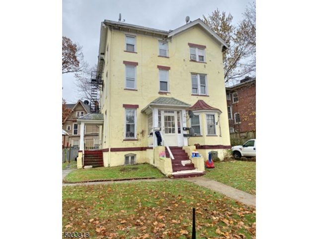 6 BR,  3.00 BTH Multi-family style home in Plainfield