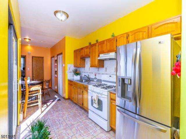 2 BR,  1.00 BTH Condo/townhouse style home in Jersey City