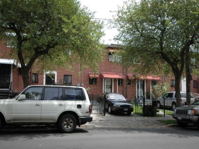 2 BR,  1.50 BTH Duplex style home in Brownsville