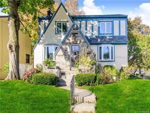 3 BR,  3.00 BTH Tudor style home in Mount Vernon