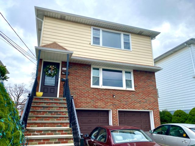 3 BR,  1.50 BTH  Apartment style home in Linden