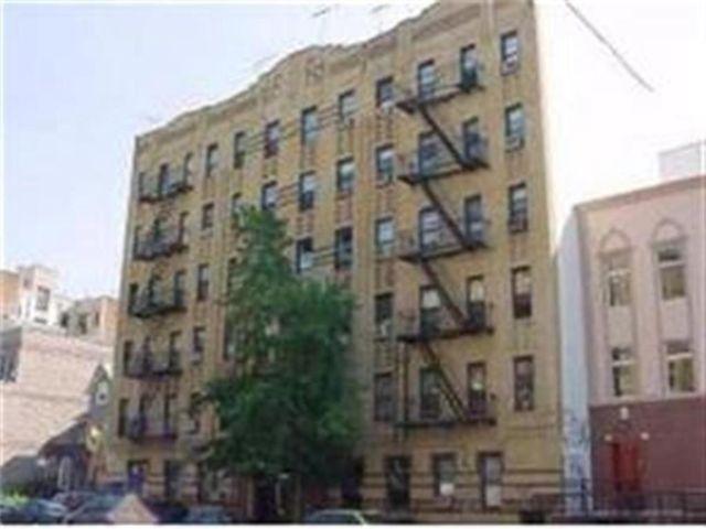 [Midwood Real Estate, listing number 6976735]