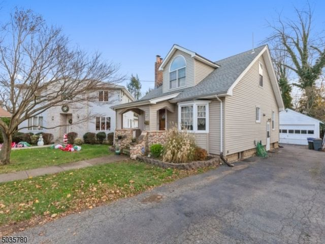 3 BR,  2.00 BTH Cape cod style home in Nutley