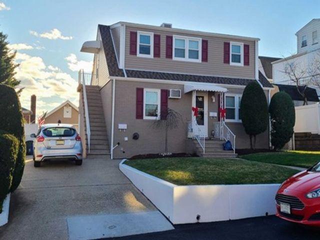 [North Arlington Real Estate, listing number 6977150]