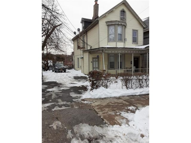 5 BR,  3.00 BTH  Victorian style home in Yonkers