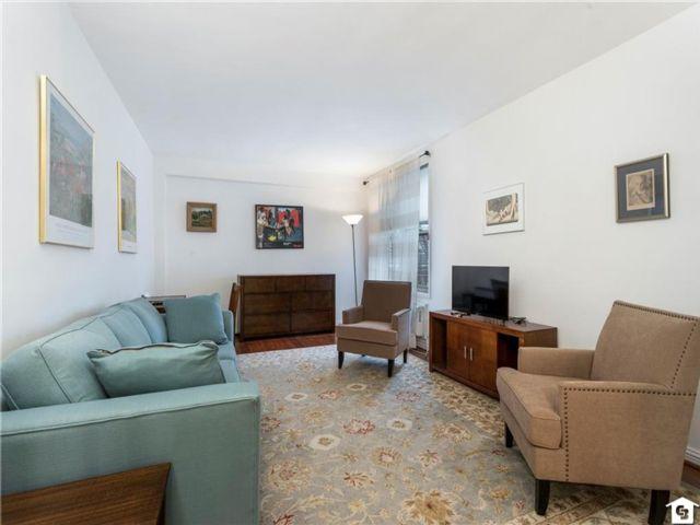 [Bay Ridge Real Estate, listing number 6978188]