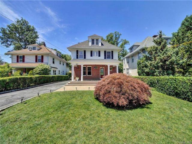 [Eastchester Real Estate, listing number 6978547]