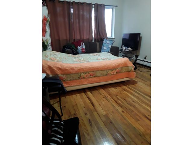Studio,  0.00 BTH  style home in Middle Village