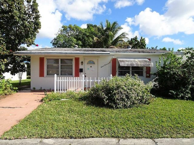 2 BR,  1.00 BTH  Ranch style home in Coconut Creek
