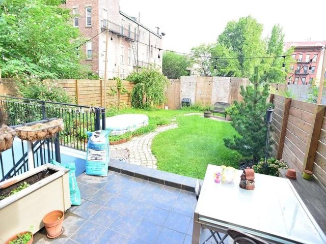 2 BR,  2.00 BTH  Condominium style home in Prospect Heights