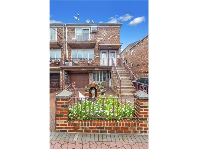 8 BR,  0.00 BTH  Multi-family style home in Dyker Heights