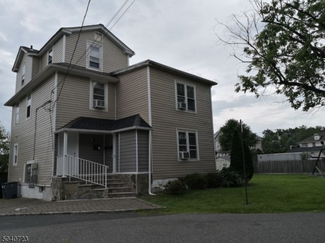 Studio,  0.00 BTH House style home in New Providence