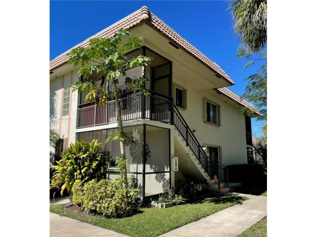 2 BR,  2.00 BTH  style home in Weston