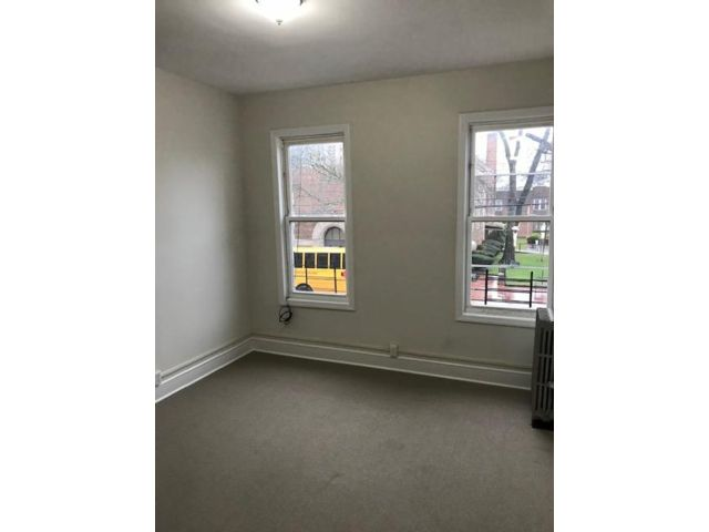 2 BR,  1.00 BTH Apartment style home in Brooklyn